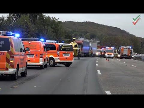 Unfall A1: Rettungshubschrauber Christoph 8 D-HOFF Lünen auf BAB 1 - Einsatzfahrt Rettungsmittel
