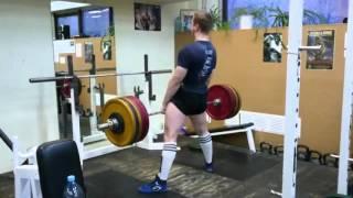 Бухарин Александр 16 лет присед 220 кг, тяга 230 кг.
