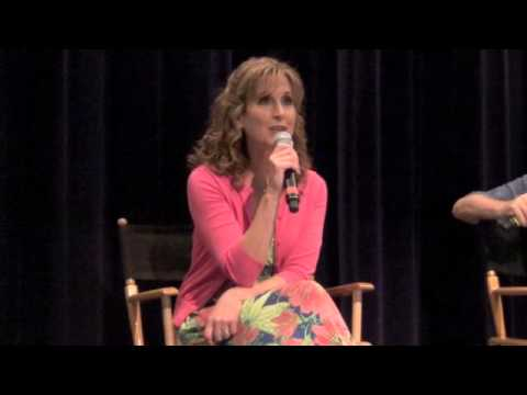 Jodi Benson Singing 'Part of Your World' from The Little Mermaid