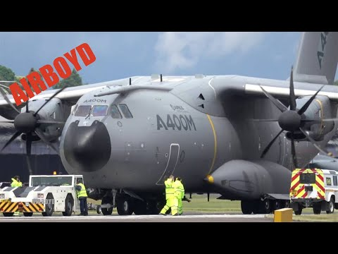 Airbus A400M Flight Demonstration - Farnborough Airshow 2016 (Tuesday)