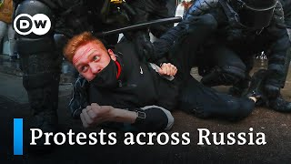 Russian police arrest thousands in second week of protests | DW News