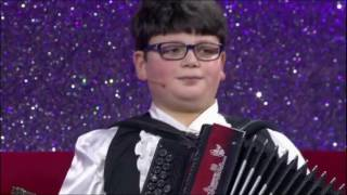 Francesco esibizione Canale 5