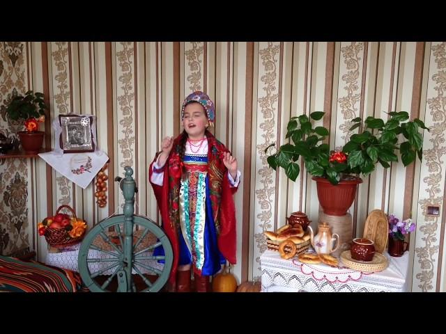 Изображение предпросмотра прочтения – МарияЩенникова читает произведение «Небылицы» (Русский фольклор )