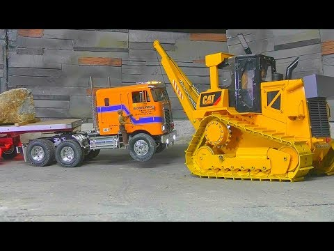 RC GLOBE LINER! THE FIRST HEAVY TRANSPORT! TRANSPORTATION FROM A BIG SONE BLOCK! RC LIVE ACTION
