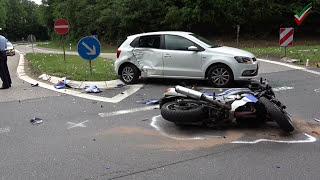 Motorrad beim Linksabbiegen übersehen – Kradfahrer schwer verletzt
