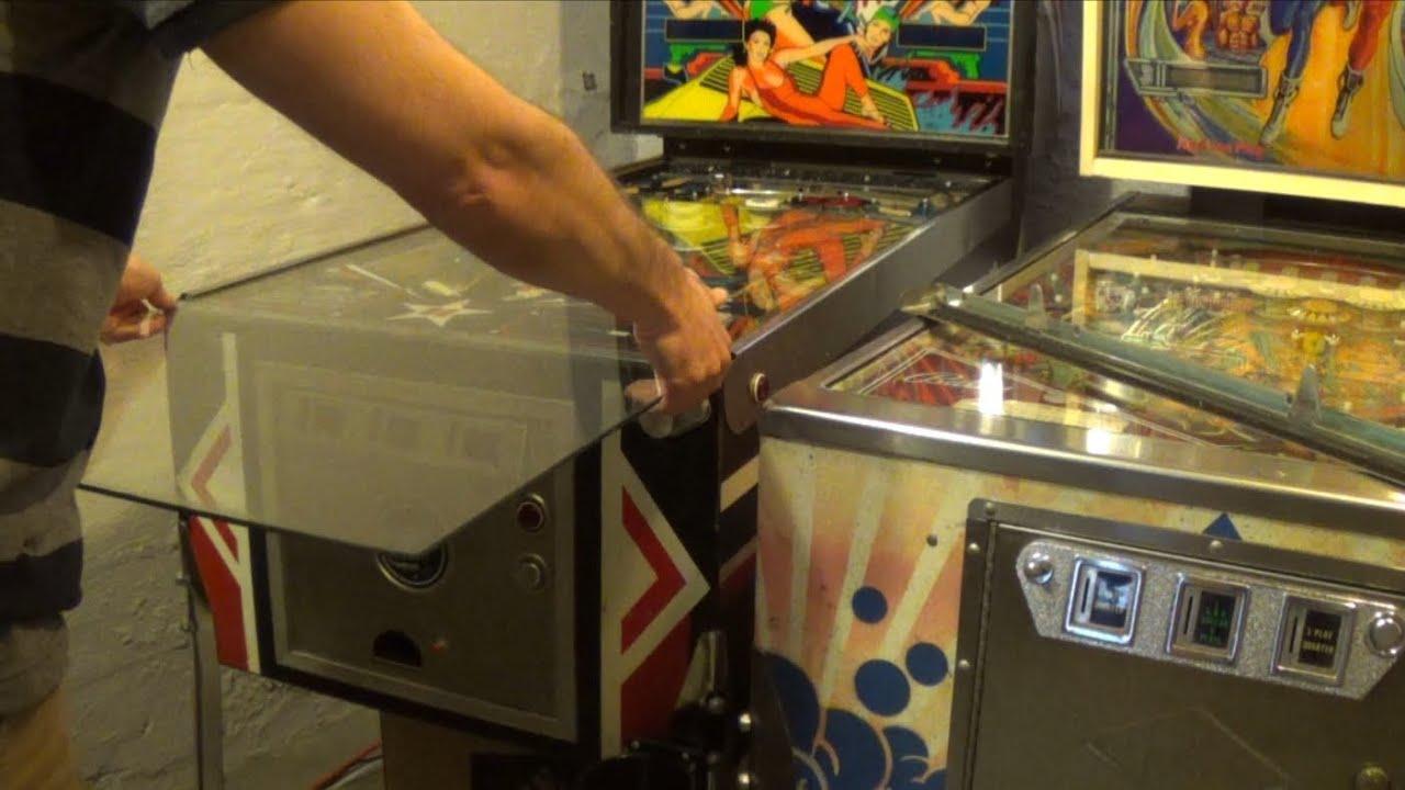 How to Remove Pinball Machine Glass