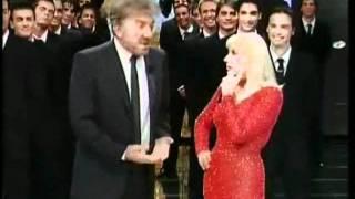 Raffaella Carrà e Gigi Proietti - Barzellette 1 - Carramba Che Fortuna