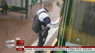 Udaje niewidomego. Poznaniacy założyli mu profil na Facebooku (Raport z Polski, 06.06.2013)