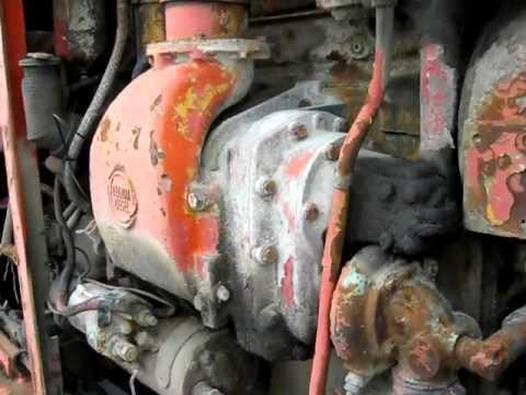 Detroit Diesel 4-71 engine in a Grader