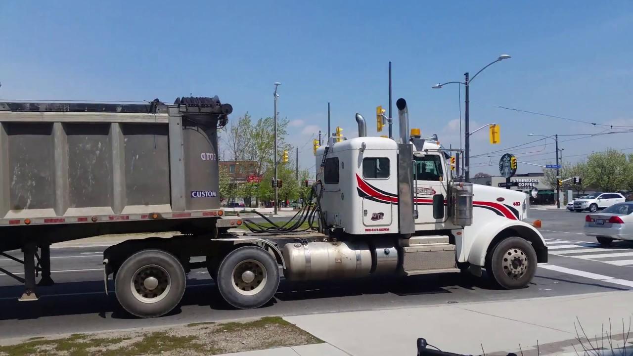 peterbilt 367 kenworth t800 hauling gravel toronto truck spotting [ 1280 x 720 Pixel ]