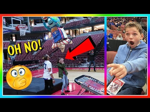 KAYLA'S SCARED FOR HER LIFE! | HARLEM GLOBETROTTERS | We Are The Davises
