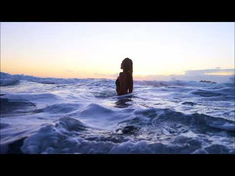 Young Jing & Bo Degas - Waves mp3 ke stažení