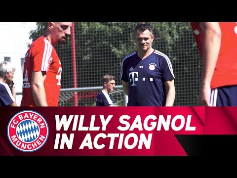 New Assistant Coach Willy Sagnol in Training ⚽ | FC Bayern
