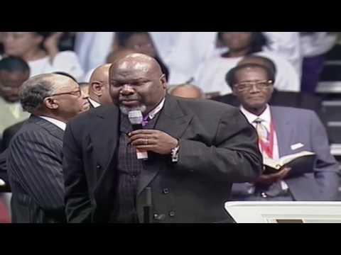Bishop T.D. Jakes Preaching At The COGIC Holy Convocation In Memphis!