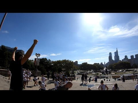 Running up the Rocky Steps at the Philadelphia Museum of Art with the FeiyuTech G6 Gimbal
