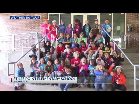 Stiles Point Elementary School visits Rob Fowler at News2 on November 27th