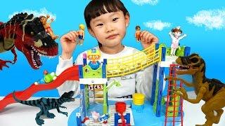 수영장 공룡습격! 로보카폴리 고고 다이노 출동!❤︎  뽀로로와 타요 콩순이와 함께 장난감 놀이 LimeTube & Toy 라임튜브