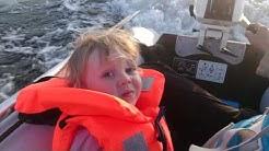 Kumivene moottorilla testi / Inflatabled boat with motor test / Kid with us