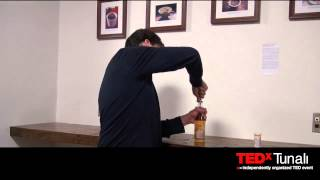 When Expectations Override our Senses: Dan Ariely at TEDxTunali