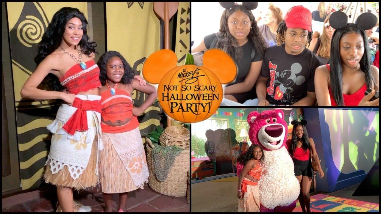 Moana Meets Moana Disneys Mickey Not So Scary Halloween Party