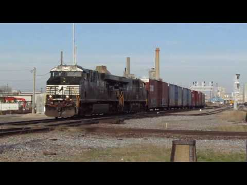 Norfolk Southern 145 (Auto Parts) at Decatur, IL - Apr. 8, 2017
