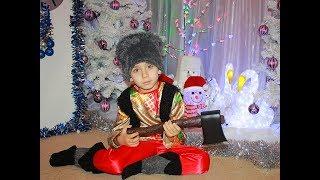 Самый лучший новогодний утренник в детском саду Очень красивый танец The best Christmas party