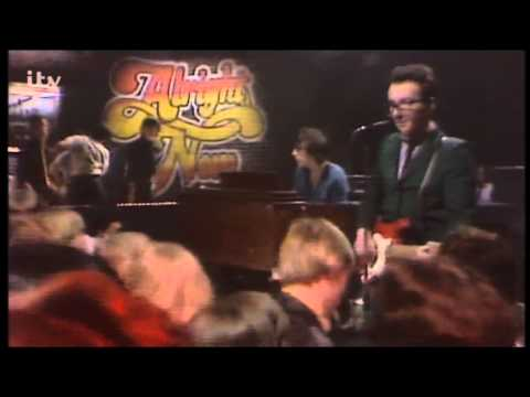 Elvis Costello and The Attractions - I Stand Accused (from Alright Now 1980)