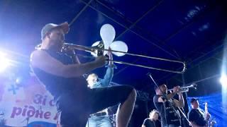 Нововолинський гурт «Цвях» розважав рожищенську публіку