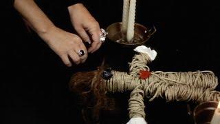 Jak zrobić laleczkę voodoo? Zaklęcie uzdrawiania, miłości i szczęścia