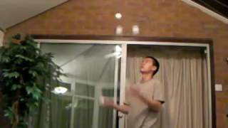 Video Crazy Juggling Video: Alan Chung- Almost 800 catches 5 ball cascade download MP3, 3GP, MP4, WEBM, AVI, FLV Juli 2018