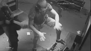 Пьяное быдло громит остановку в Рыбинске