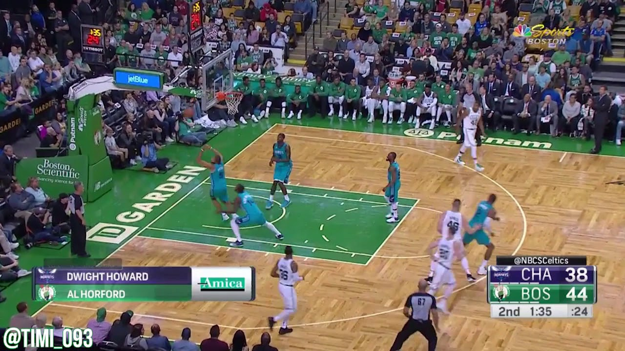 """Tommy Heinsohn on Baynes """"I took a look at Baynes in the shower"""