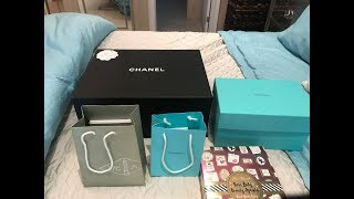 WHAT I GOT FOR CHRISTMAS 2017!  CHANEL  TIFFANY & CO  VAN CLEEF & ARPELS  TOO FACED