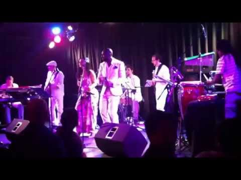 Brazil Meets Africa - Rhythm du Coeur