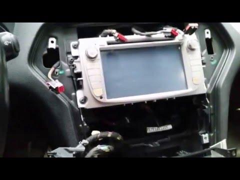 замена лампочки прикуривателя или магнитолы Форд Мондео 4