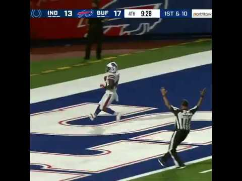 Former England rugby union player Christian Wade scores on first NFL touch