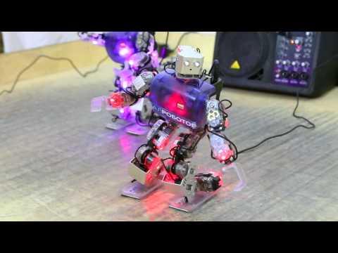Робот-танцор