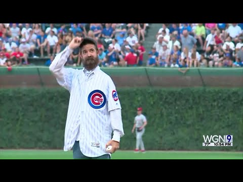 Mick Lee - 'Alligator Robb' Throws First Pitch at Cubs game