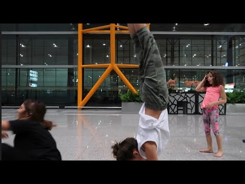 Handstands in China (WK 297.2) | Bratayley