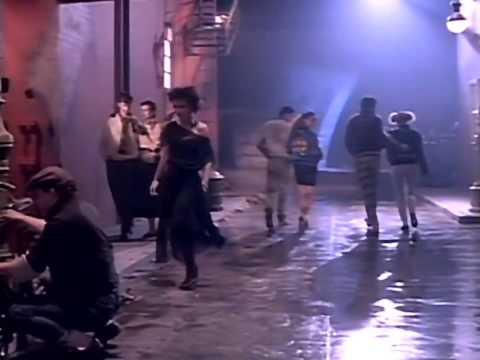 Scandal (ft. Patty Smyth) - Beat Of A Heart (HQ)