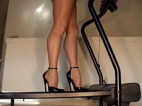 nude-on-tread-mill-ree-ebony-porn
