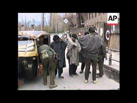 KASHMIR: SRINAGAR MOURNS KASHMIRI MILITANTS KILLED IN GUN BATTLE