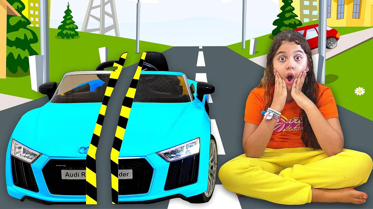 Sarah brinca e aprende a importância de compartilhar os brinquedos - Share Toys - Sarah de Araujo