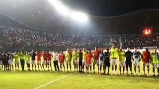 merinding full stadion