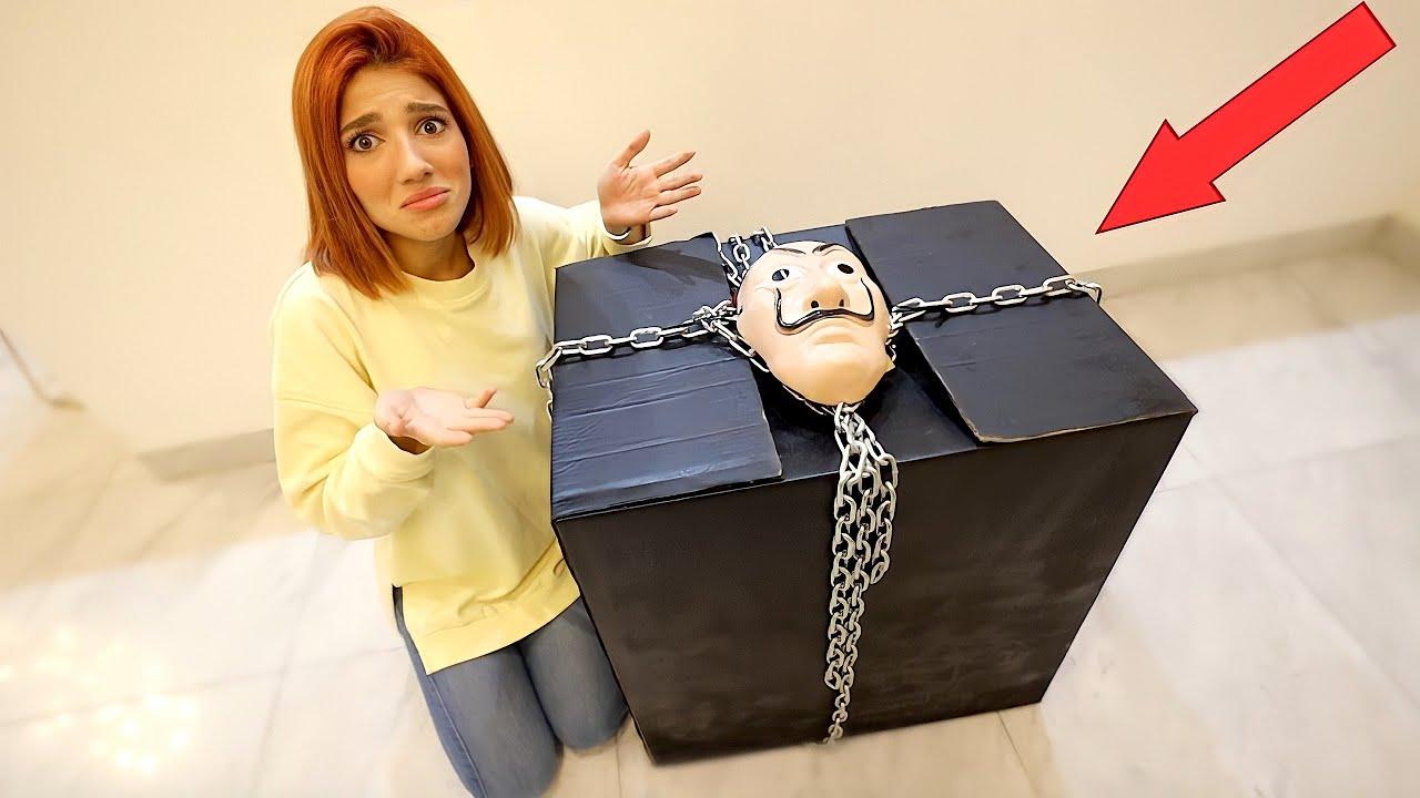 وصلني هاد الصندوق الغريب على بيتي 📦😱