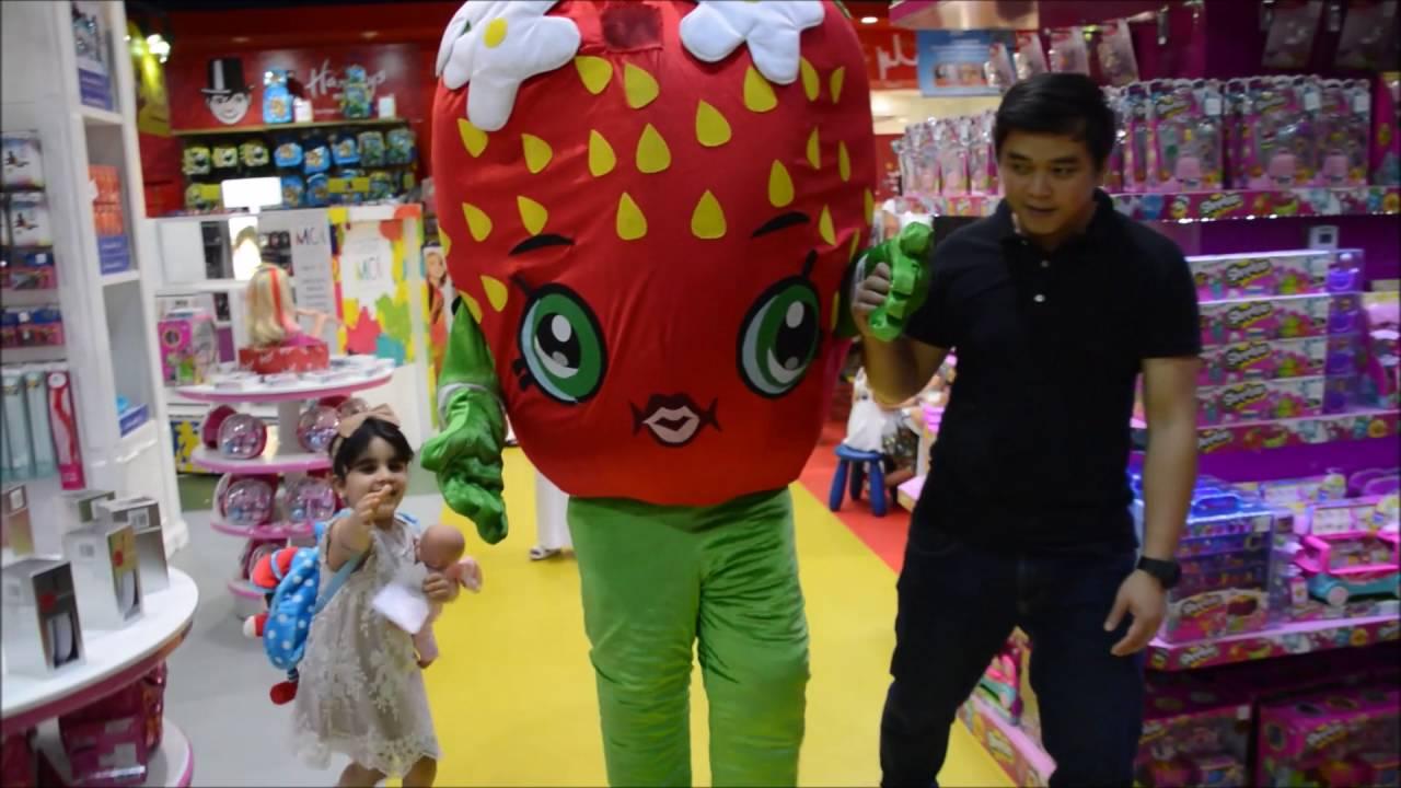 Strawberry Kiss Meet Greet At Hamleys Mirdiff City Center Youtube