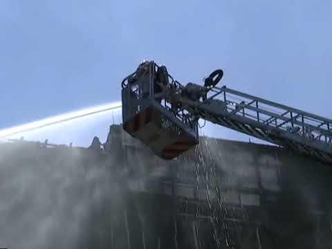 Bangunan KWSP Jalan Gasing terbakar