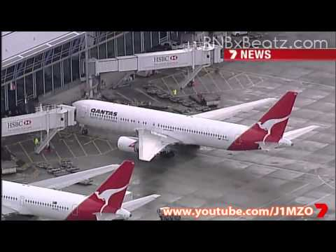 Justin Bieber arrives in Sydney, Australia - Concert Tour 2011 - 7 News, Channel 7