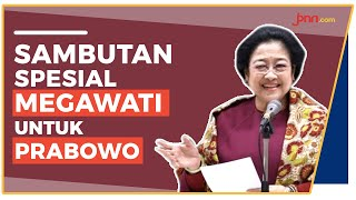 Gemuruh Kader PDIP saat Bu Mega 'Colek' Pak Prabowo - JPNN.com