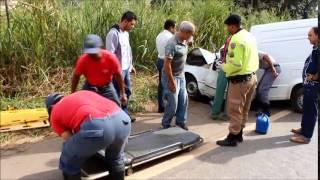 ACIDENTE NA BR120 TEIXEIRAS/PONTE  NOVA 01/05/2014